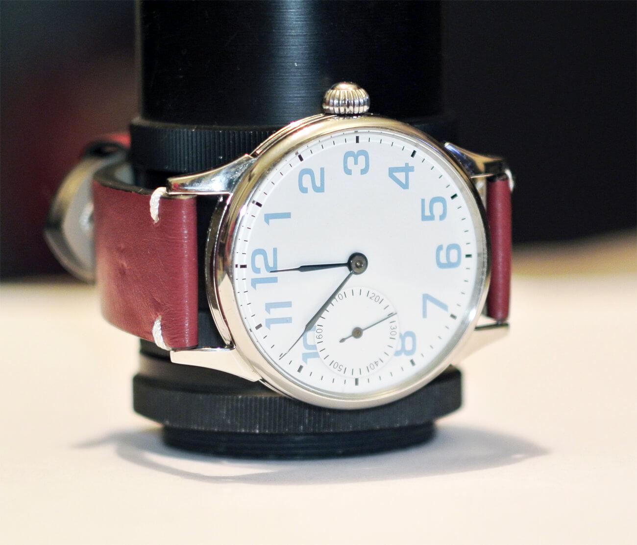 molnija-white-dial1