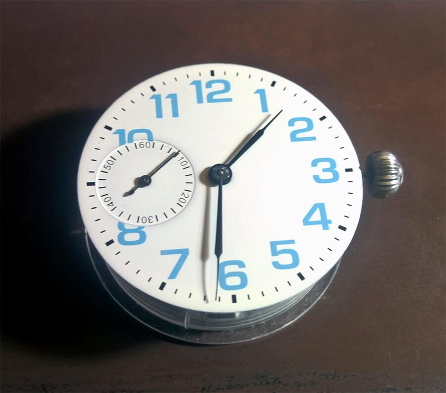 molnija-white-dial11